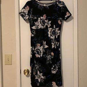 Maternity dress, NWT